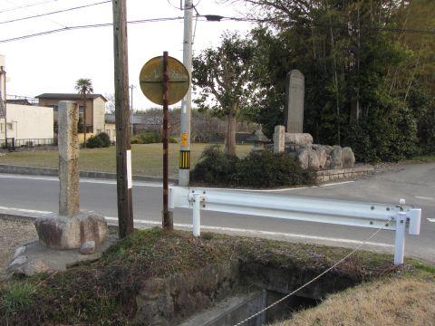 旧東海道 汲川原江戸方入口付近
