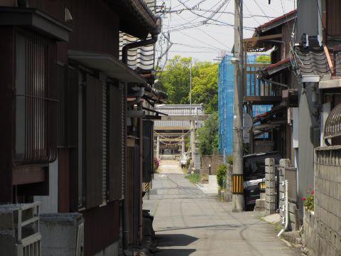 茂福神社参道