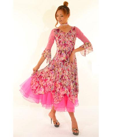 柄プリント×オーガンジードレス