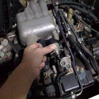 エンジンを整備