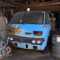 古いサンバートラック