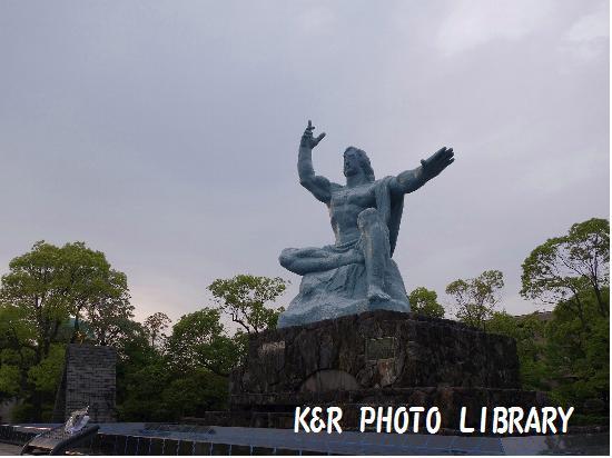 5月12日平和祈念像2