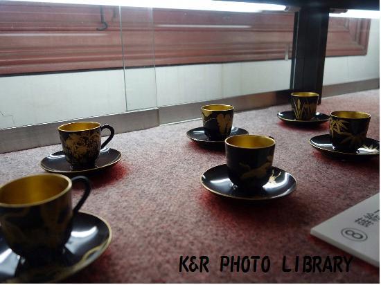 5月13日蒔絵コーヒーカップセット