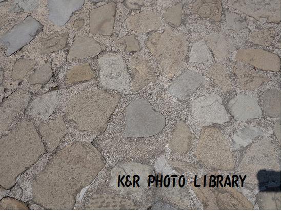 5月13日石畳のハート