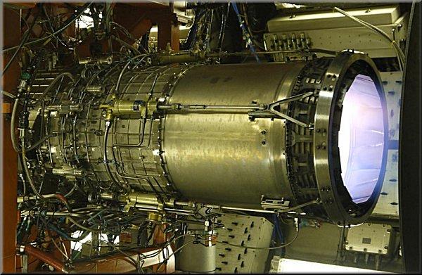 XF5-1エンジン