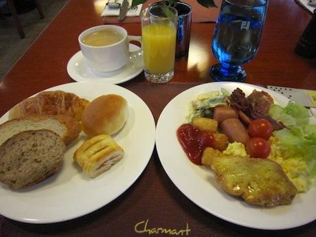 プレジデントホテルの朝食