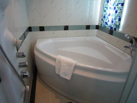 やったーデカイ風呂