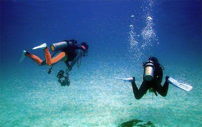 沖縄個人一人でもダイビングライセンス取得可能アドバンスダイバー