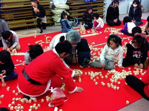 呼べる出張レクレーションイベント宮城仙台老人介護福祉施設リハビリ孫と遊ぶ