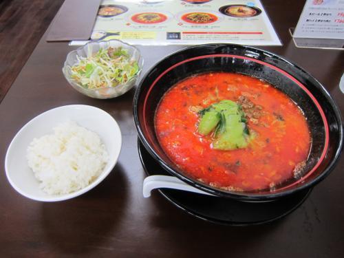 香辣(シャンラー)坦々麺