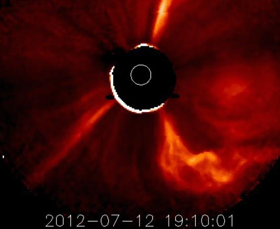 太陽フレア2014.7