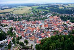 250px-Tabor_CZ_aerial_old_town_from_north_B1.jpg