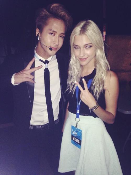VIXX Ravi & Stefanie Michova