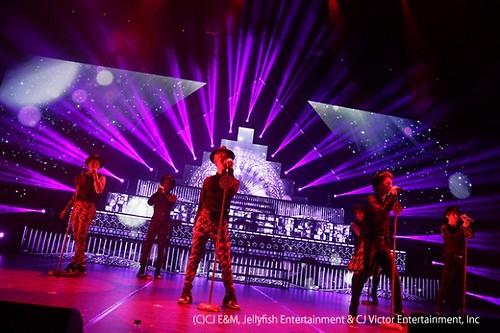 VIXX LIVE FANTASIA in Japan HEX SIGN 写真 1
