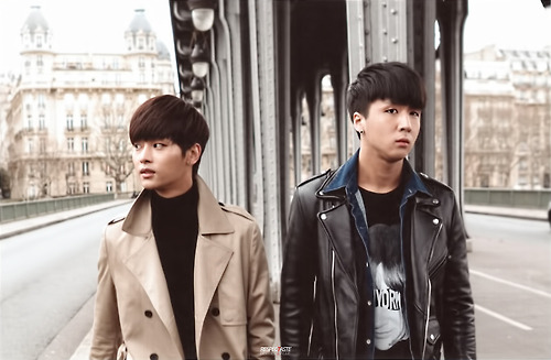 VIXX Hello Stranger in paris 3