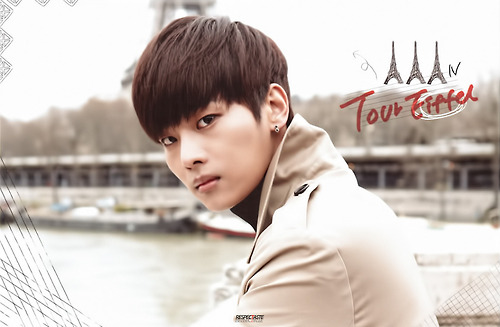 VIXX Hello Stranger in paris 15
