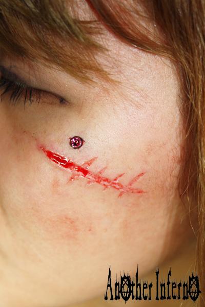 スカリフィケーション スキンリムーバル カッティング 顔面 傷跡