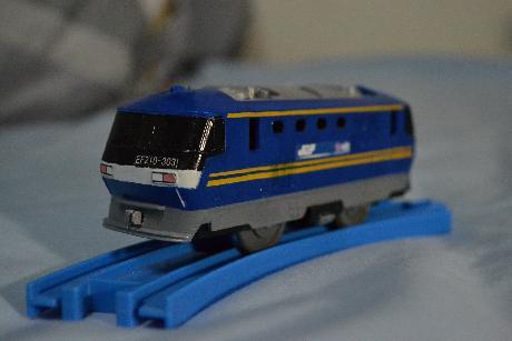 EF210-303.jpg