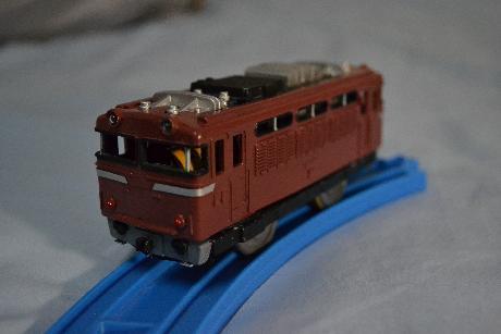 EF81.jpg