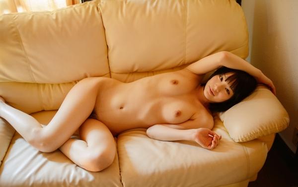 鈴村あいり スレンダー美乳美女エロ画像36枚の1