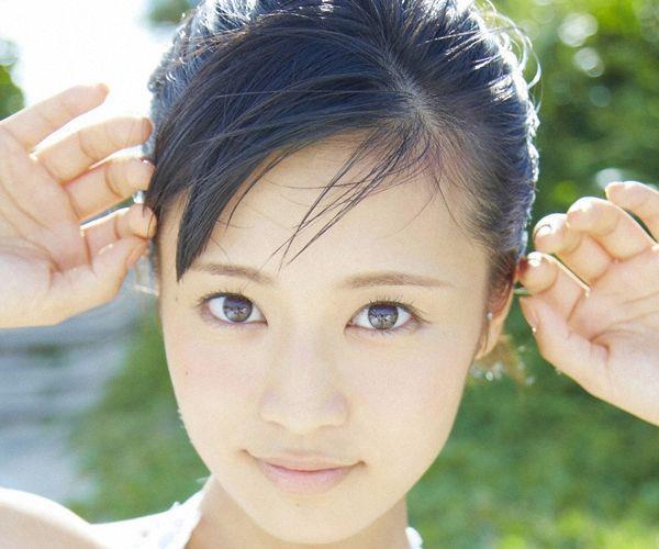 小島瑠璃子 過激 水着エロ画像001a.jpg