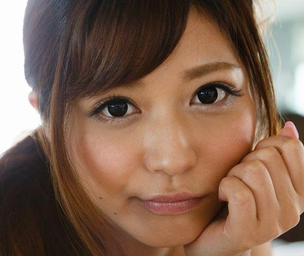さとう遥希 Fカップ巨乳なAV女優のエロ画像46枚の1