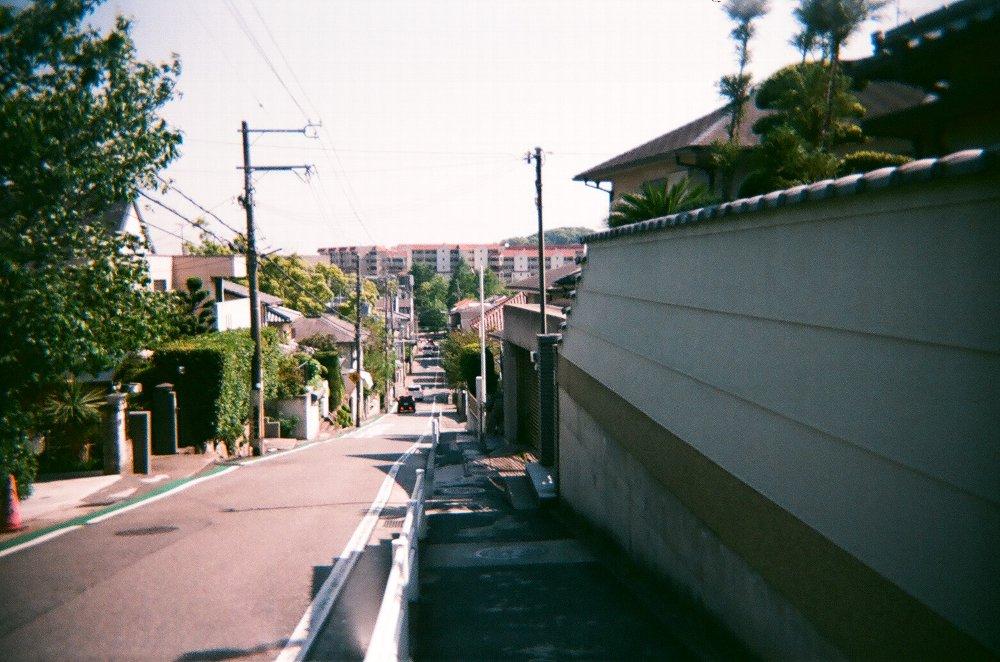 JAPAN OPTICSのConcord C180で撮った長い坂