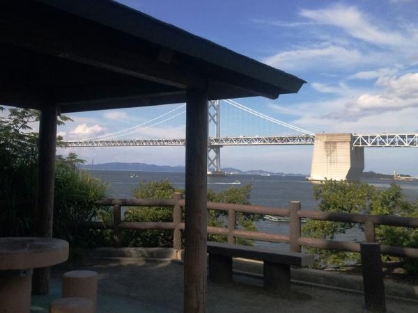 展望台から瀬戸大橋