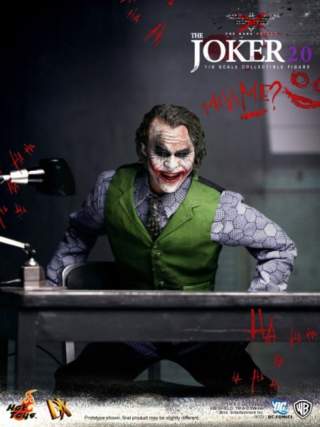 hot-toys-joker-the-dark-knight-heath-ledger-figure-13-450x600.jpg