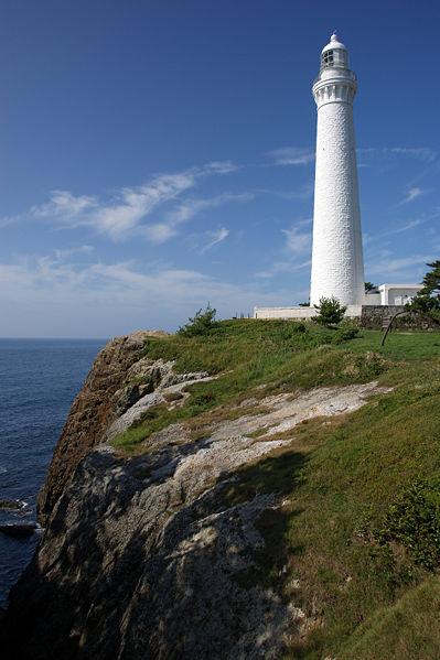 399px-Hinomisaki_lighthouse_Izumo01bs3200.jpg