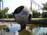 JR生地駅 名称不明噴水彫刻