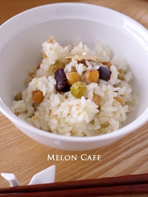 缶詰とめんつゆでつくる、豆とツナの超簡単ほくほく炊き込みご飯03