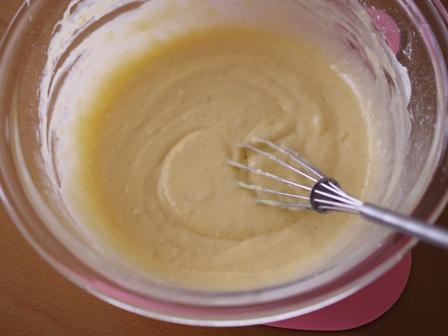 ホットケーキミックスでつくるフルーツのスコップケーキゴールドキウイとさくらんぼ02