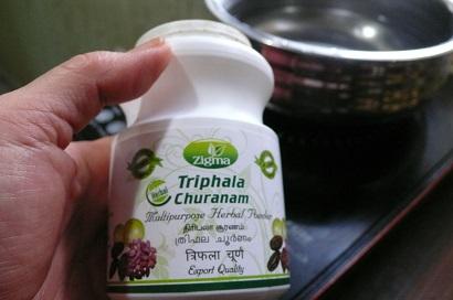 triohala churanam