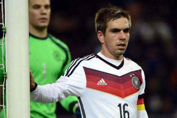 Philipp-Lahm-sorgt-sich-um-deutsche-Defensive.jpg