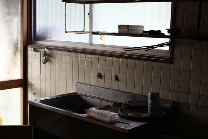 廃墟_円形ホテル「エノモト」_台所