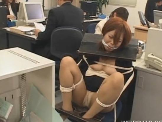Видео подчинение японки в офисе, лучший стриптиз в мире смотреть онлайн