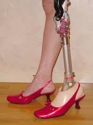 会社に義足の美人がいるんだけど・・・・・・・